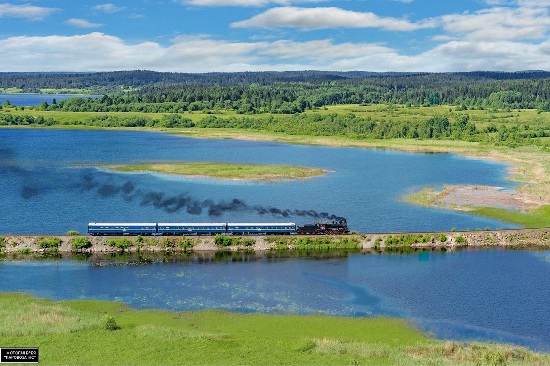 Crossing lake during circuit of Lake Ladoga