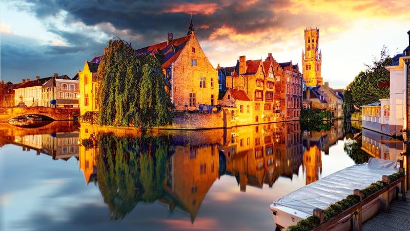 Bruges shutterstock 744650755